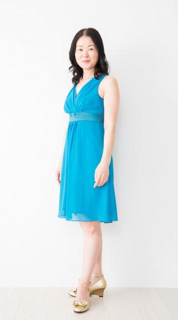 40代 青い服
