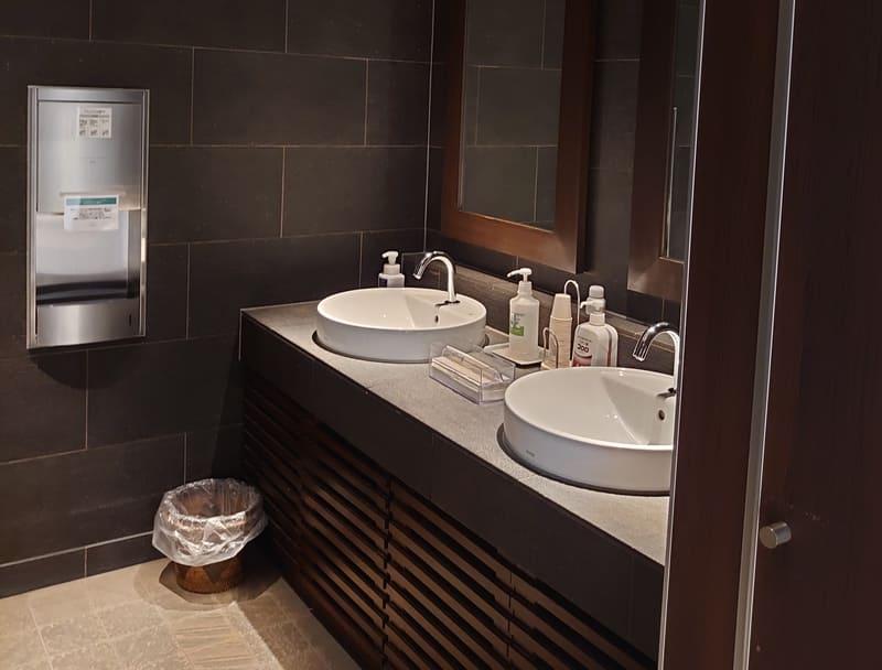 ラヴィマーナ神戸 トイレ