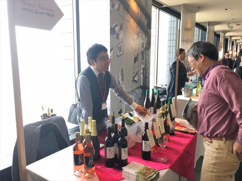 ワイン試飲会 イベント風景